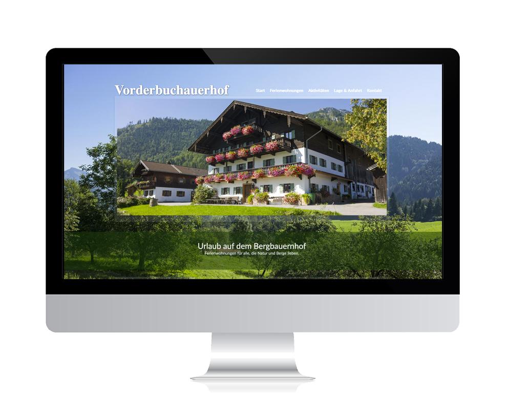 WebDesign Rosenheim Referenz für Ferienwohnungen auf PC-Bildschirm
