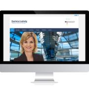 WebDesign Rosenheim Referenz für Bundestagsabgeordnete Daniela Ludwig auf PC-Bildschirm